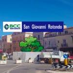 Largo 28 luglio 1916 - La BCC dona l'allestimento della piazza a San Giovanni Rotondo